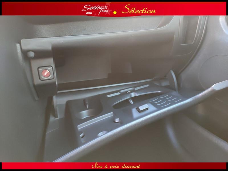 Photo 17 de l'offre de PEUGEOT 207 BLUE LION 1.6 HDi 92 98g DISTRI OK à 4880€ chez Garage Serieys Auto