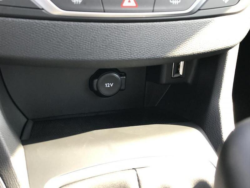Photo 35 de l'offre de PEUGEOT 308 Allure Pack BlueHDi 130 EAT8 Full Led+JA16 Biton à 24480€ chez Garage Serieys Auto
