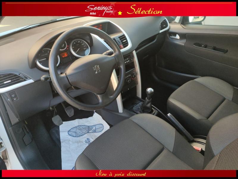 Photo 10 de l'offre de PEUGEOT 207 BLUE LION 1.6 HDi 92 98g DISTRI OK à 4880€ chez Garage Serieys Auto