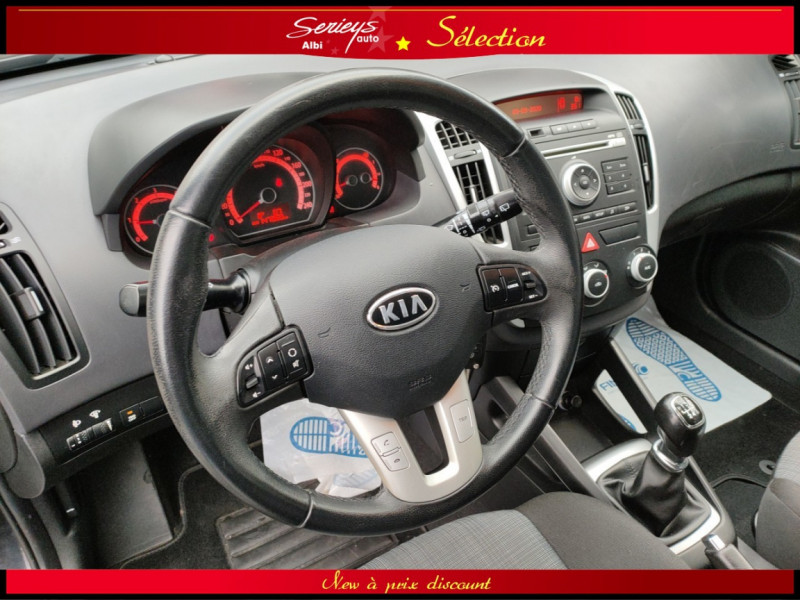 Photo 16 de l'offre de KIA CEE'D SW Active 1.6 CRDi 115 SW JA+Regul à 6980€ chez Garage Serieys Auto