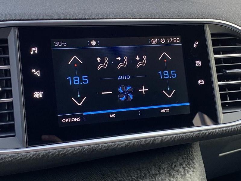 Photo 2 de l'offre de PEUGEOT 308 Allure Pack BlueHDi 130 EAT8 Full Led+JA16 Biton à 24480€ chez Garage Serieys Auto