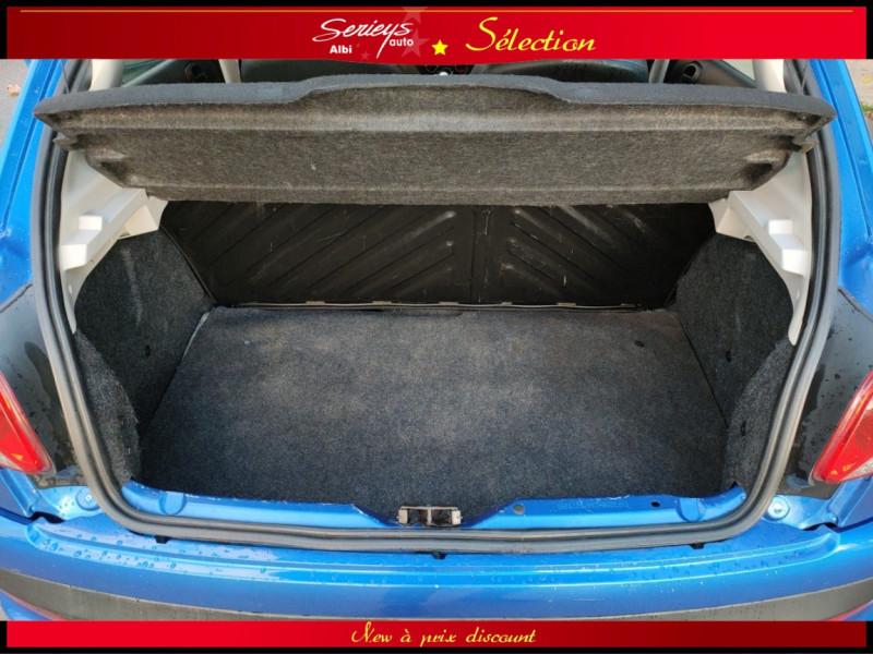Photo 14 de l'offre de PEUGEOT 206+ URBAN 1.4 HDi 70 CLIM à 4980€ chez Garage Serieys Auto