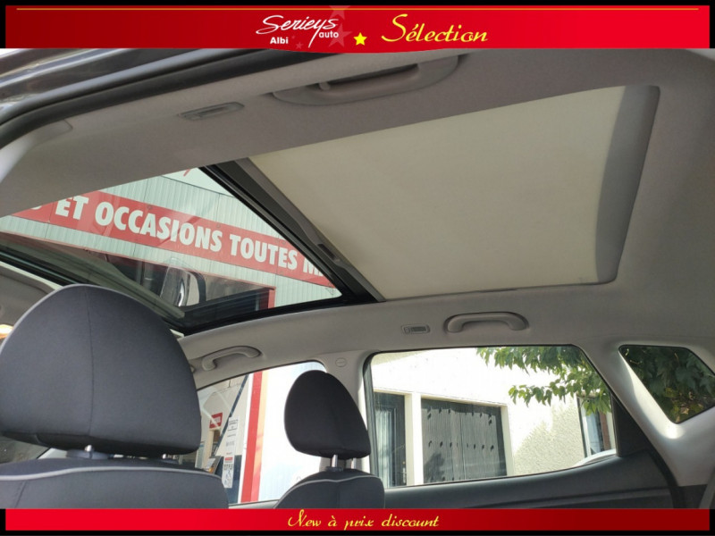Photo 9 de l'offre de KIA VENGA Urban Chic 1.6 CRDi 115 Toit Ouvrant à 7800€ chez Garage Serieys Auto