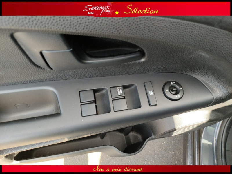 Photo 21 de l'offre de KIA VENGA Urban Chic 1.6 CRDi 115 Toit Ouvrant à 7800€ chez Garage Serieys Auto