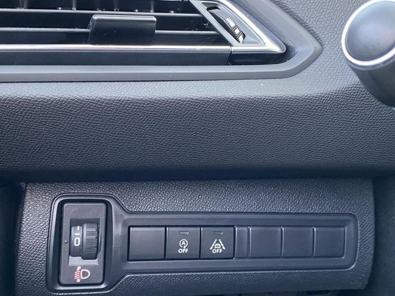 Photo 3 de l'offre de PEUGEOT 308 Allure Pack BlueHDi 130 EAT8 Full Led+JA16 Biton à 24480€ chez Garage Serieys Auto