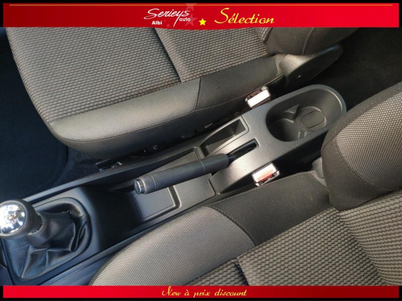 Photo 22 de l'offre de PEUGEOT 207 BLUE LION 1.6 HDi 92 98g DISTRI OK à 4880€ chez Garage Serieys Auto