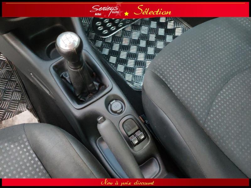 Photo 6 de l'offre de PEUGEOT 206+ URBAN 1.4 HDi 70 CLIM à 4980€ chez Garage Serieys Auto