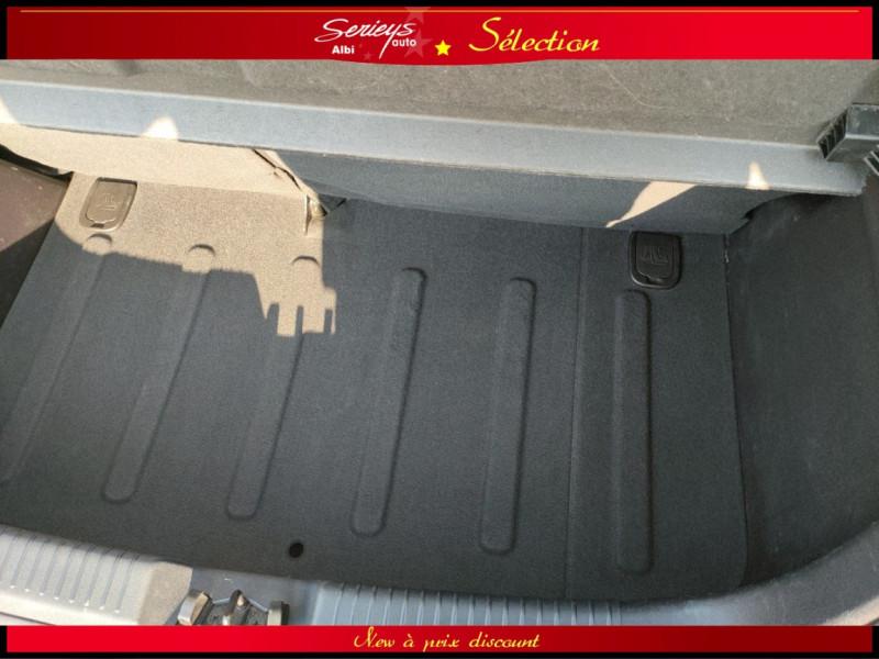 Photo 16 de l'offre de HYUNDAI i10 Pack 1.1 CRDi 75 - A SAISIR à 3980€ chez Garage Serieys Auto