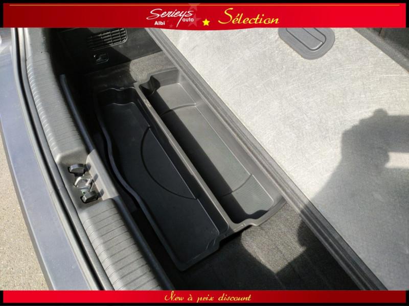 Photo 13 de l'offre de KIA VENGA Urban Chic 1.6 CRDi 115 Toit Ouvrant à 7800€ chez Garage Serieys Auto