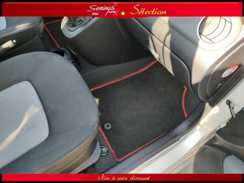 Photo 8 de l'offre de HYUNDAI i10 Pack 1.1 CRDi 75 - A SAISIR à 3980€ chez Garage Serieys Auto