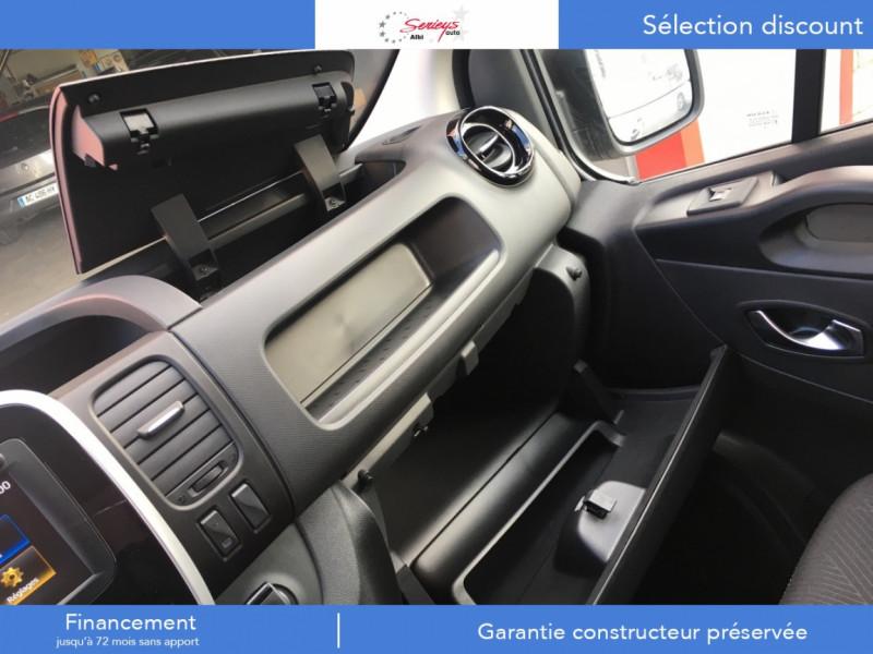 Photo 20 de l'offre de RENAULT TRAFIC FGN GRAND CONFORT 2.0 BlueDCI 120 L2H1 à 27680€ chez Garage Serieys Auto