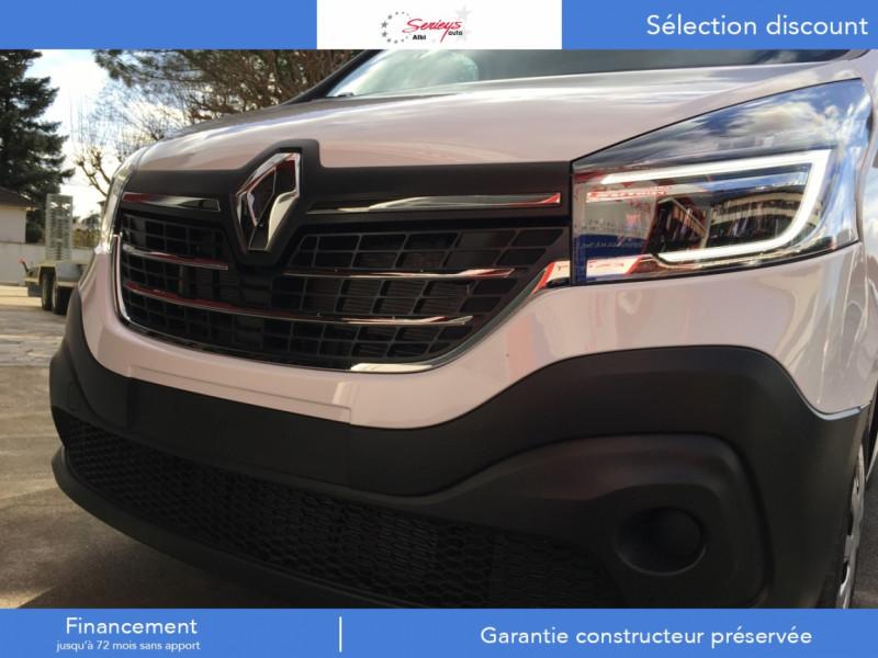 Photo 3 de l'offre de RENAULT TRAFIC FGN GRAND CONFORT 2.0 BlueDCI 120 L2H1 à 27680€ chez Garage Serieys Auto