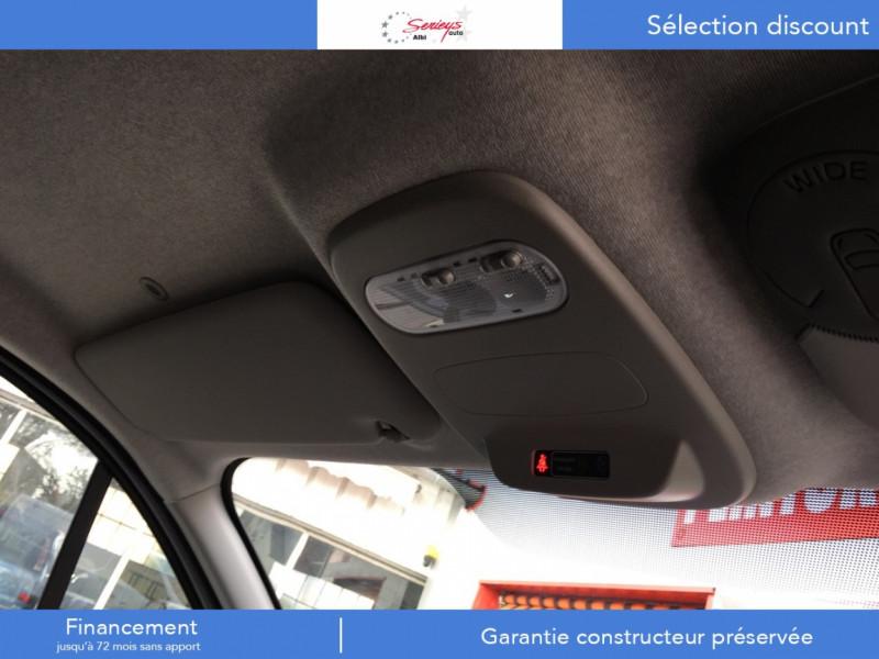 Photo 11 de l'offre de RENAULT TRAFIC FGN GRAND CONFORT 2.0 BlueDCI 120 L2H1 à 27680€ chez Garage Serieys Auto