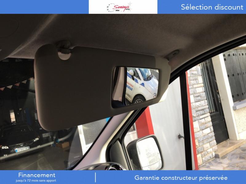 Photo 6 de l'offre de RENAULT TRAFIC FGN GRAND CONFORT BlueDCI 120 L2H1 à 27680€ chez Garage Serieys Auto