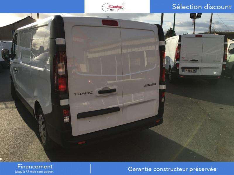 Photo 37 de l'offre de RENAULT TRAFIC FGN GRAND CONFORT BlueDCI 120 L2H1 à 27680€ chez Garage Serieys Auto