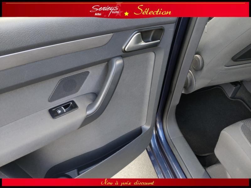 Photo 5 de l'offre de VOLKSWAGEN TOURAN Confort line 1.6 TDI 105 JA à 10480€ chez Garage Serieys Auto