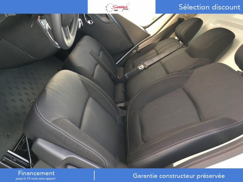 Photo 2 de l'offre de RENAULT TRAFIC FGN GRAND CONFORT 2.0 BlueDCI 120 L2H1 à 27680€ chez Garage Serieys Auto
