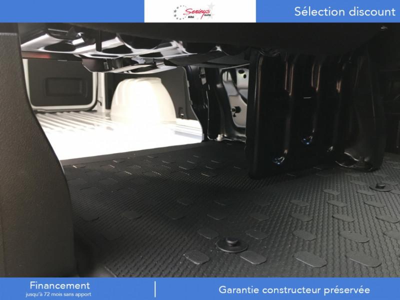Photo 10 de l'offre de RENAULT TRAFIC FGN GRAND CONFORT BlueDCI 120 L2H1 à 27680€ chez Garage Serieys Auto