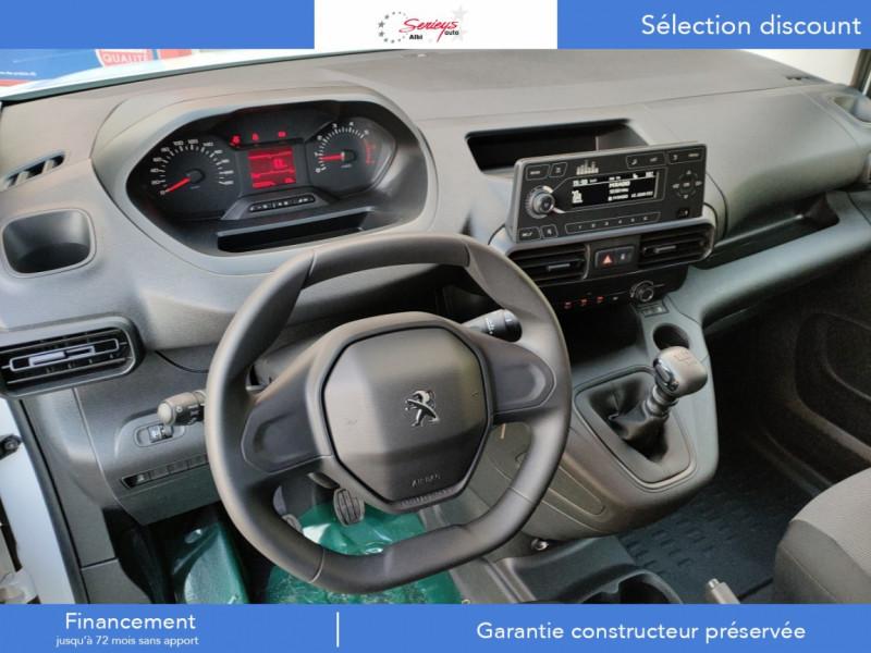 Photo 17 de l'offre de PEUGEOT PARTNER FGN PRO PURETECH 110 CLIM+REGUL+2P à 15980€ chez Garage Serieys Auto