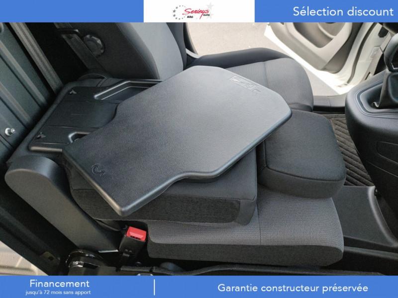 Photo 23 de l'offre de PEUGEOT PARTNER FGN PREMIUM BLUEHDI 100 3PL RADAR à 18900€ chez Garage Serieys Auto