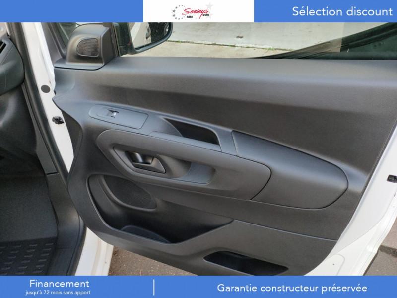 Photo 21 de l'offre de PEUGEOT PARTNER FGN PRO PURETECH 110 CLIM+REGUL+2P à 15980€ chez Garage Serieys Auto