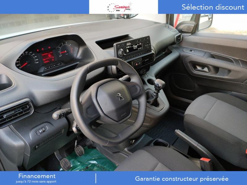 Photo 24 de l'offre de PEUGEOT PARTNER FGN PRO PURETECH 110 CLIM+REGUL+2P à 15980€ chez Garage Serieys Auto