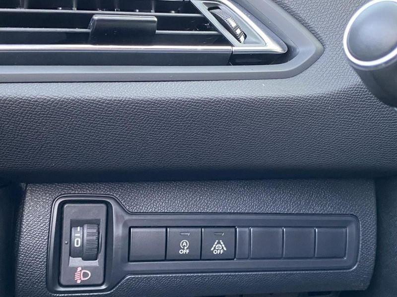 Photo 15 de l'offre de PEUGEOT 308 Allure Pack BlueHDi 130 EAT8 Led+JA16 à 24680€ chez Garage Serieys Auto