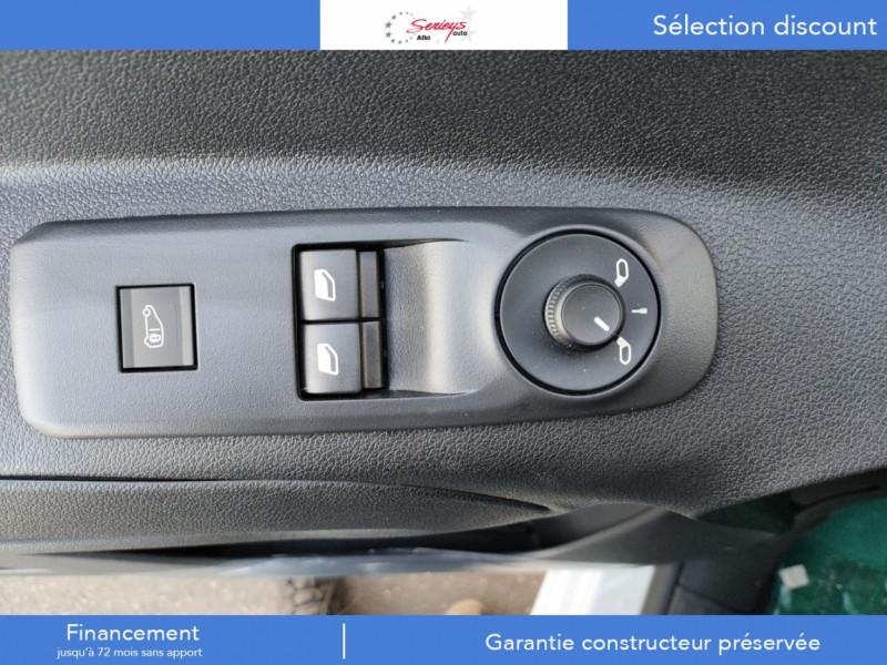 Photo 8 de l'offre de PEUGEOT PARTNER FGN PRO PURETECH 110 CLIM+REGUL+2P à 15980€ chez Garage Serieys Auto
