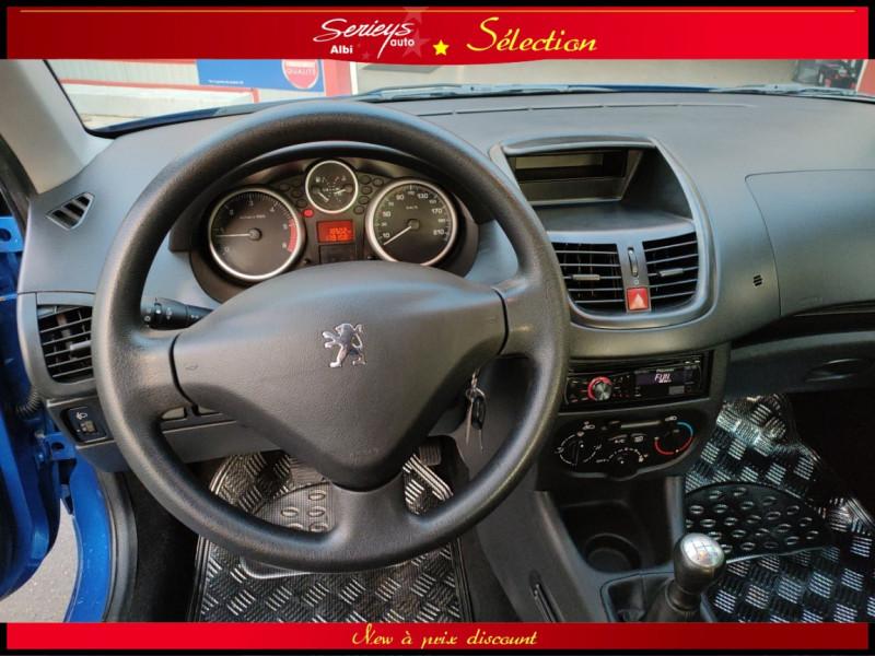 Photo 12 de l'offre de PEUGEOT 206+ URBAN 1.4 HDi 70 CLIM à 4980€ chez Garage Serieys Auto