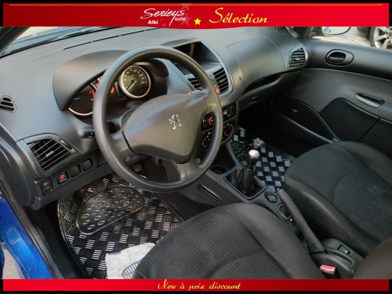 Photo 2 de l'offre de PEUGEOT 206+ URBAN 1.4 HDi 70 CLIM à 4980€ chez Garage Serieys Auto