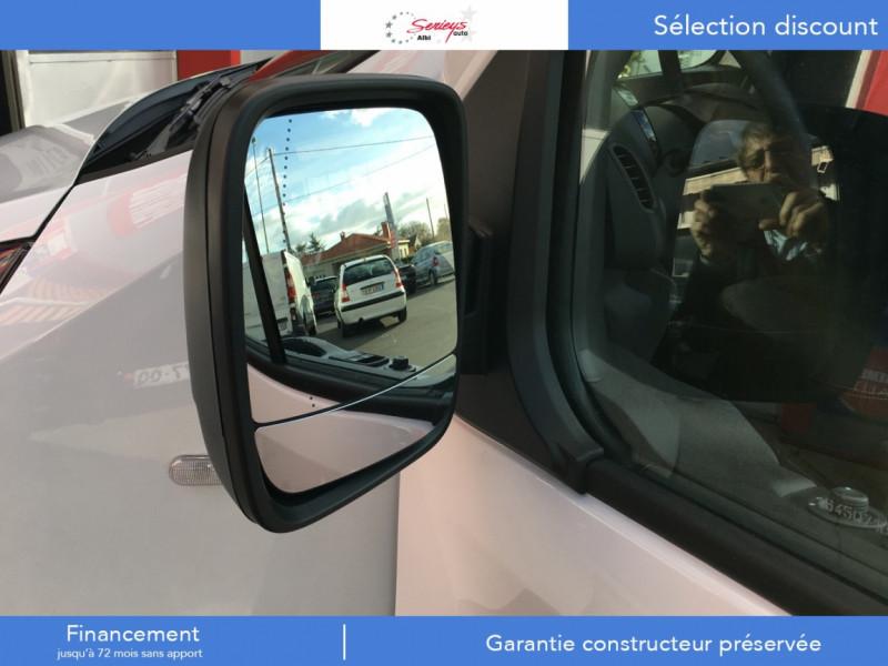 Photo 4 de l'offre de RENAULT TRAFIC FGN GRAND CONFORT BlueDCI 120 L2H1 à 25680€ chez Garage Serieys Auto