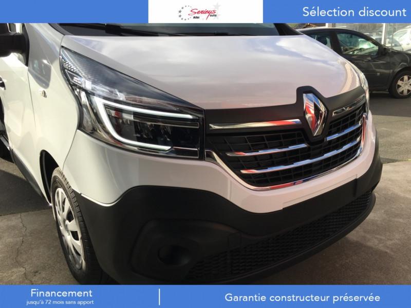 Photo 21 de l'offre de RENAULT TRAFIC FGN GRAND CONFORT BlueDCI 120 L2H1 à 25680€ chez Garage Serieys Auto