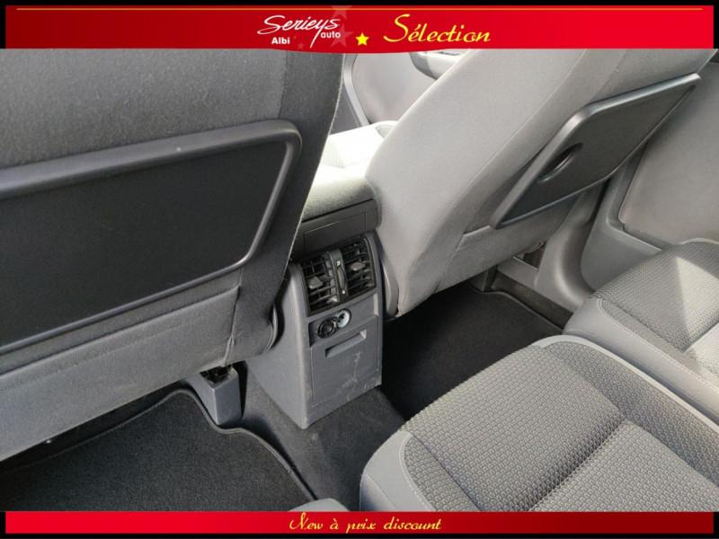 Photo 8 de l'offre de VOLKSWAGEN TOURAN Confort line 1.6 TDI 105 JA à 9980€ chez Garage Serieys Auto