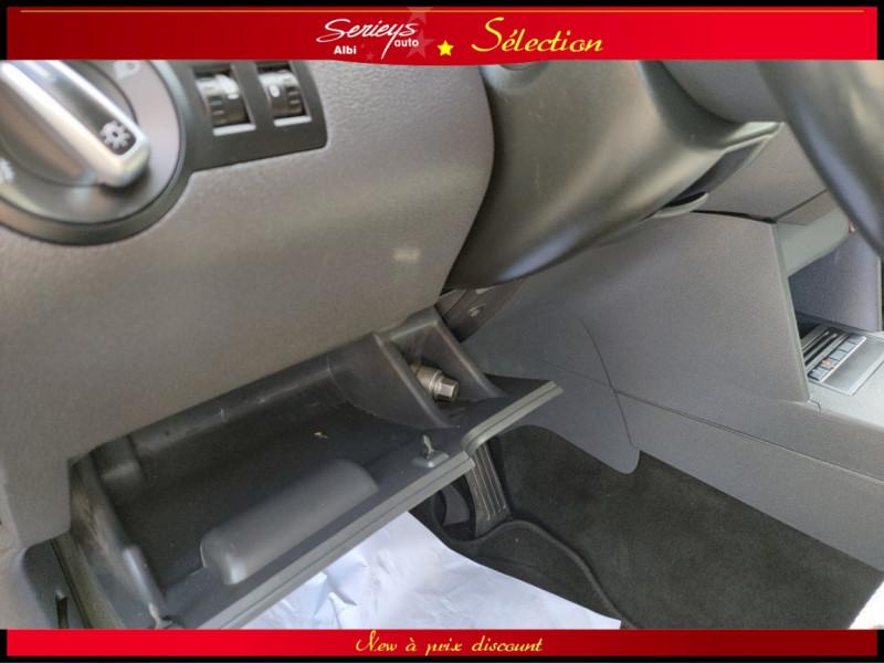 Photo 17 de l'offre de VOLKSWAGEN TOURAN Confort line 1.6 TDI 105 JA à 9980€ chez Garage Serieys Auto