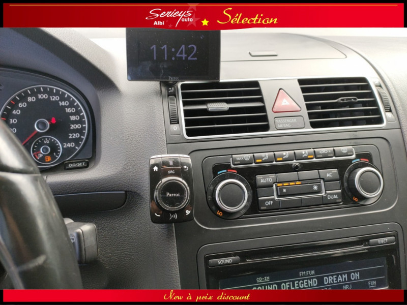 Photo 11 de l'offre de VOLKSWAGEN TOURAN Confort line 1.6 TDI 105 JA à 9980€ chez Garage Serieys Auto
