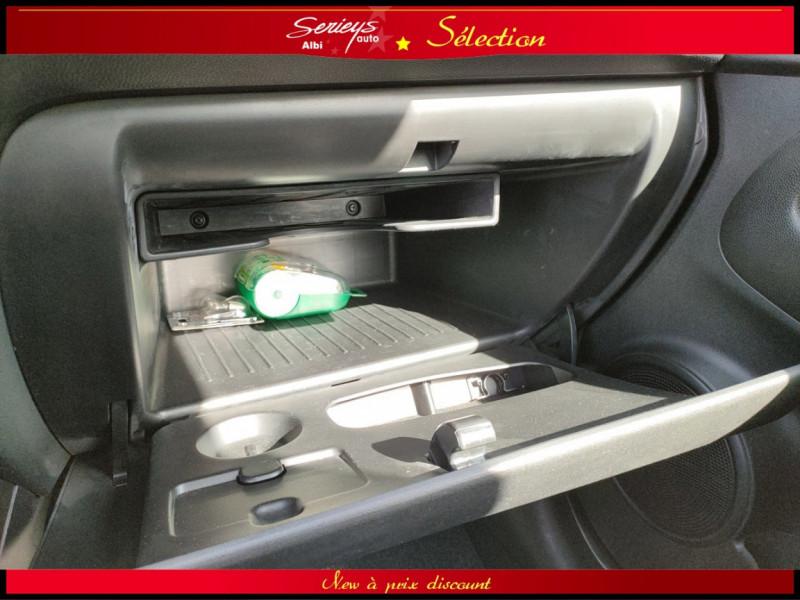 Photo 7 de l'offre de KIA VENGA Urban Chic 1.6 CRDi 115 Toit Ouvrant à 7780€ chez Garage Serieys Auto