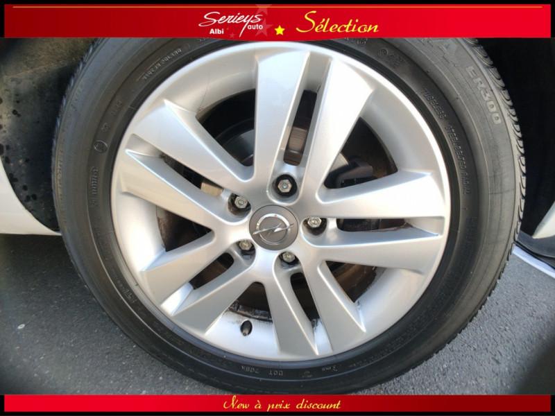 Photo 30 de l'offre de OPEL MERIVA Cosmo 1.3 CDTI 95 JA16+REGUL+CLIM AUTO à 5380€ chez Garage Serieys Auto