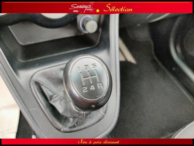 Photo 6 de l'offre de HYUNDAI i10 Pack Clim 1.2 65 CV à 4400€ chez Garage Serieys Auto