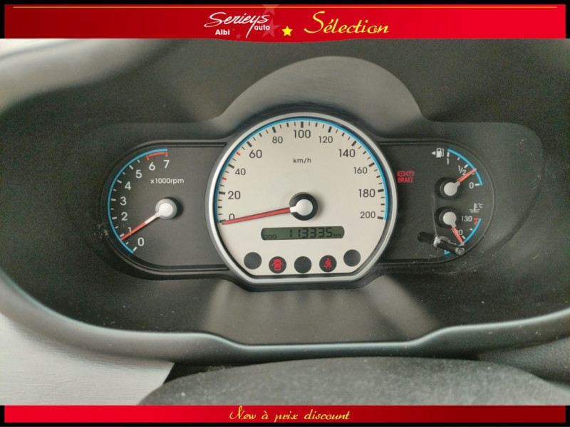 Photo 18 de l'offre de HYUNDAI i10 Pack Clim 1.2 65 CV à 4400€ chez Garage Serieys Auto