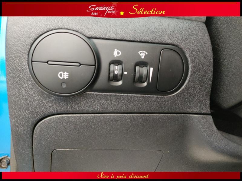 Photo 22 de l'offre de HYUNDAI i10 Pack Clim 1.2 65 CV à 4400€ chez Garage Serieys Auto