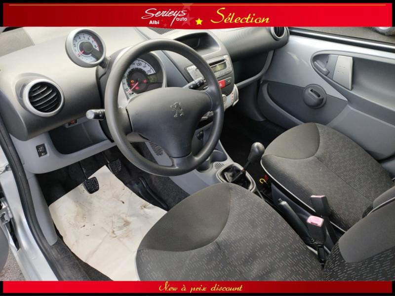 Photo 5 de l'offre de PEUGEOT 107 Trendy 1.0 12V 68 5 PTES RAS CLIM à 4480€ chez Garage Serieys Auto
