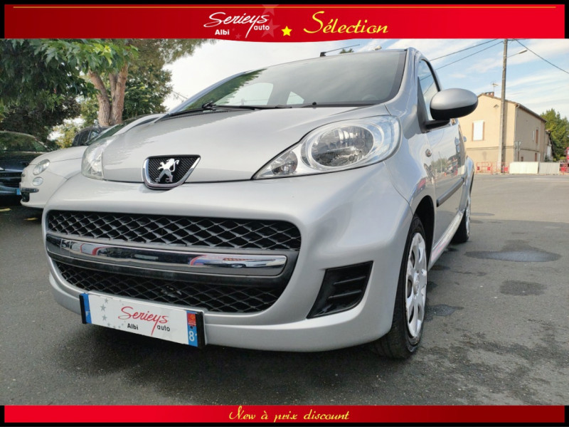 Photo 4 de l'offre de PEUGEOT 107 Trendy 1.0 12V 68 5 PTES RAS CLIM à 4480€ chez Garage Serieys Auto