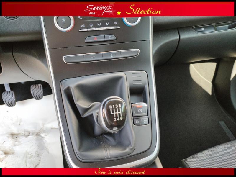 Photo 30 de l'offre de RENAULT SCENIC IV Intens DCI 110 Distri+Pneu Neuf à 13980€ chez Garage Serieys Auto