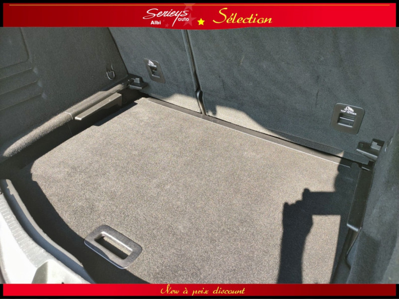 Photo 17 de l'offre de RENAULT SCENIC IV Intens DCI 110 Distri+Pneu Neuf à 13980€ chez Garage Serieys Auto