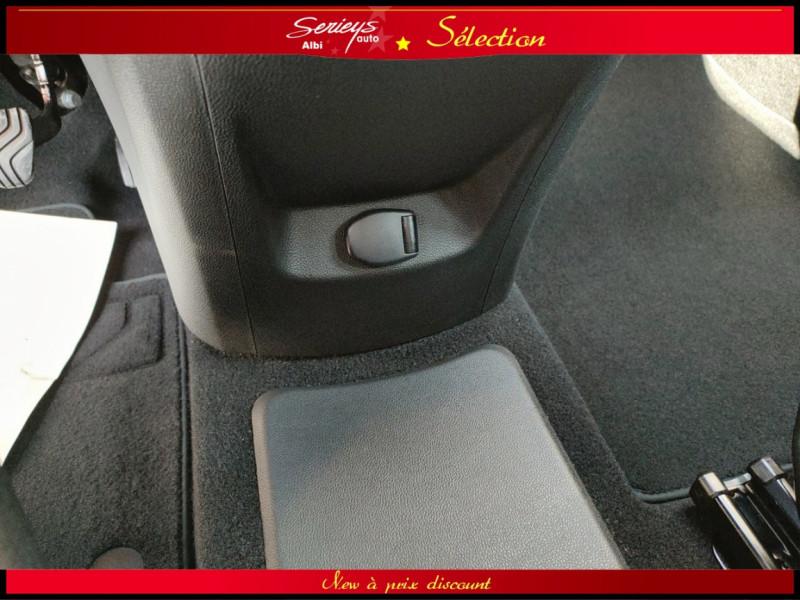 Photo 35 de l'offre de RENAULT SCENIC IV Intens DCI 110 Distri+Pneu Neuf à 13980€ chez Garage Serieys Auto