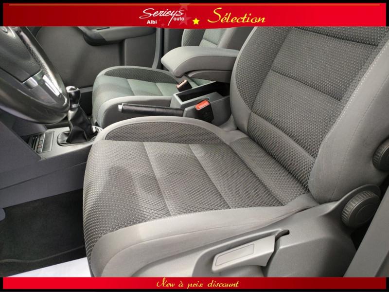 Photo 18 de l'offre de VOLKSWAGEN TOURAN Confort line 1.6 TDI 105 JA à 9880€ chez Garage Serieys Auto