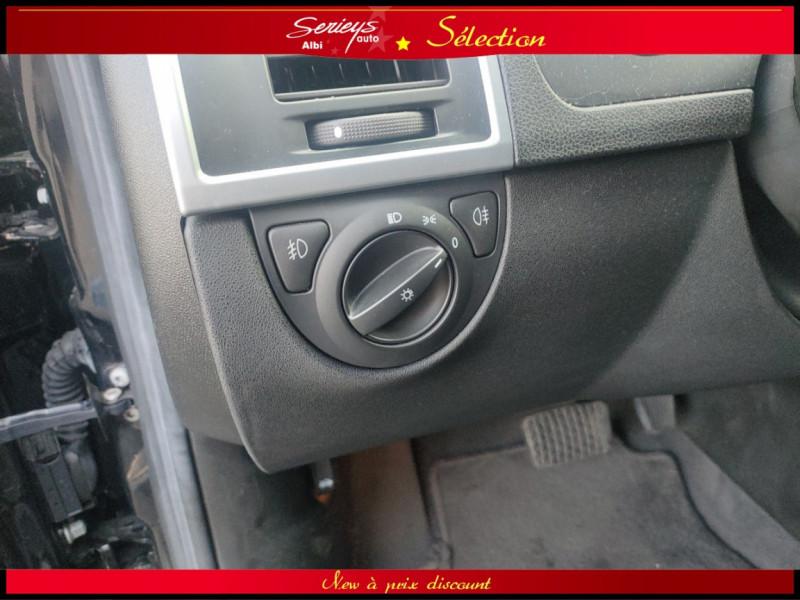Photo 10 de l'offre de CADILLAC BLS SW 1.9 D 180 Sport Luxury Boite Auto à 8880€ chez Garage Serieys Auto