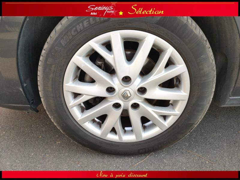 Photo 9 de l'offre de RENAULT MEGANE III BUSINESS DCI 110 EDC Attelage à 8880€ chez Garage Serieys Auto