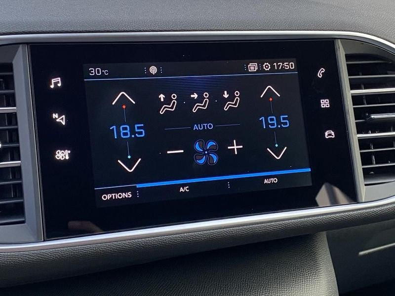 Photo 20 de l'offre de PEUGEOT 308 Allure Pack BlueHDI 130 LED+PK ASSIST à 22980€ chez Garage Serieys Auto