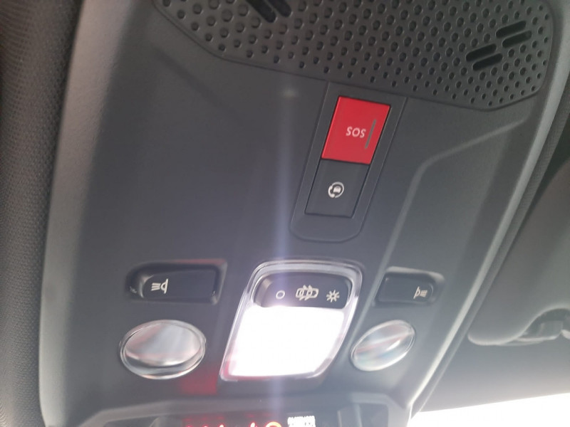 Photo 8 de l'offre de OPEL CORSA GS Line 1.2 Turbo 130 EAT8 CUIR+TOIT PANO à 22880€ chez Garage Serieys Auto